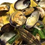 clams with pasta and string beans