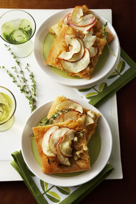 apple onion tart